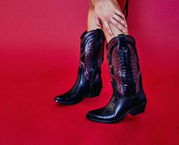 botas de estilo cowboy
